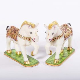 Set of 2 Horse Showpiece in Marble with 18 Carat Gold Plating