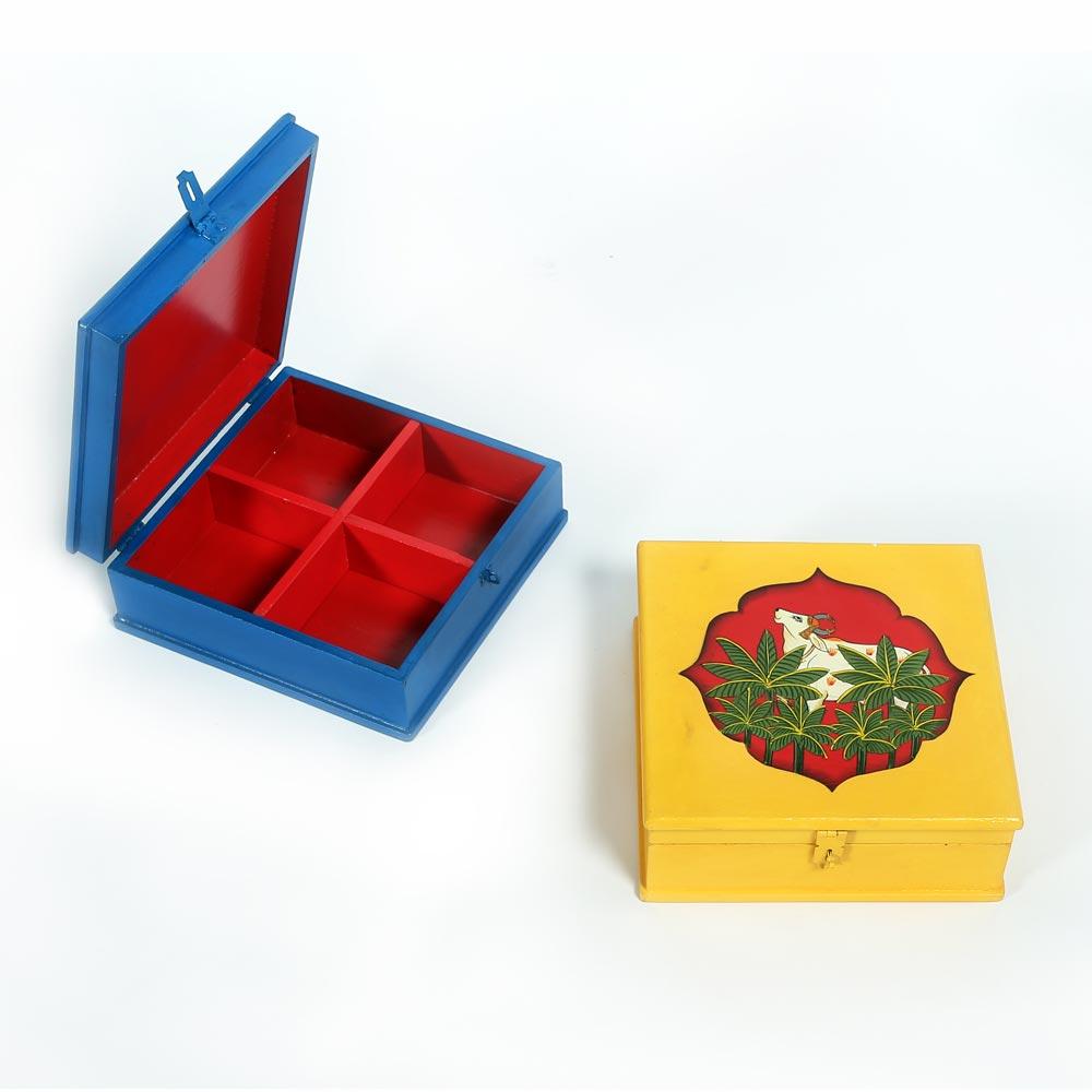 dry fruit box with rakhi by Fanusta