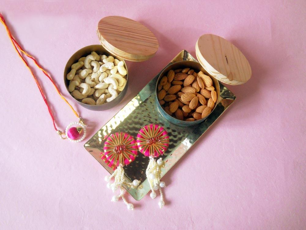 fanusta-tray-bowls-dry-fruits-rakhi